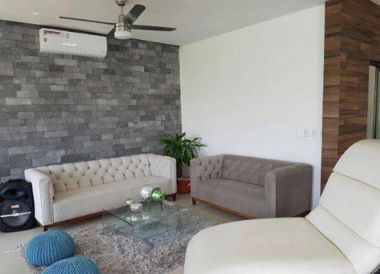 Casa En Venta En Residencial Lagos Del Sol 3 Recamaras Alberca + Cuarto De Servicio