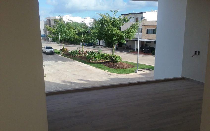 Grande Casa Nueva En Venta En Residencial Aqua 4 Recamaras + Garage Casa Club Alberca Gym