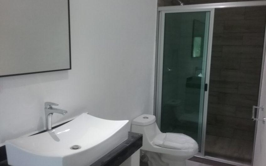 Casa En Venta En Arbolada Cancun 3 Recamaras Alberca Seguridad 24hrs Acceso Controlado