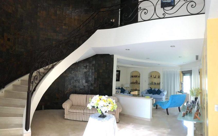 SE ESCUCHAN OFERTAS URGE!! Elegante Casa en Villa Magna Cancun 6 Recamaras
