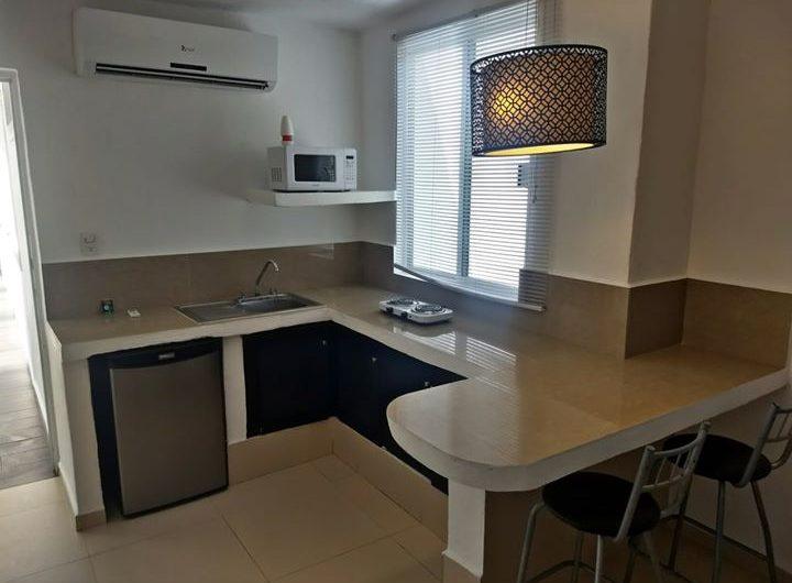 Asombroso estudio minimalista en renta ubicado en Av Tankah
