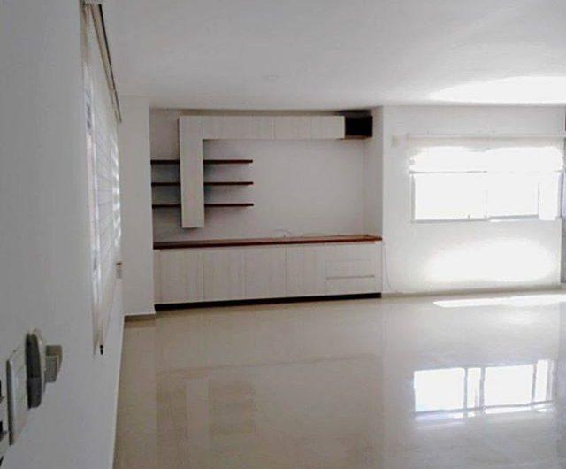 Departamento de 3 habitaciones en Av Tulum (Renta Segura)