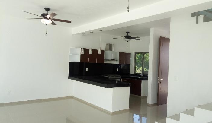 Casa Nueva En Arbolada Residencial En Venta 3 Recamaras Cancun