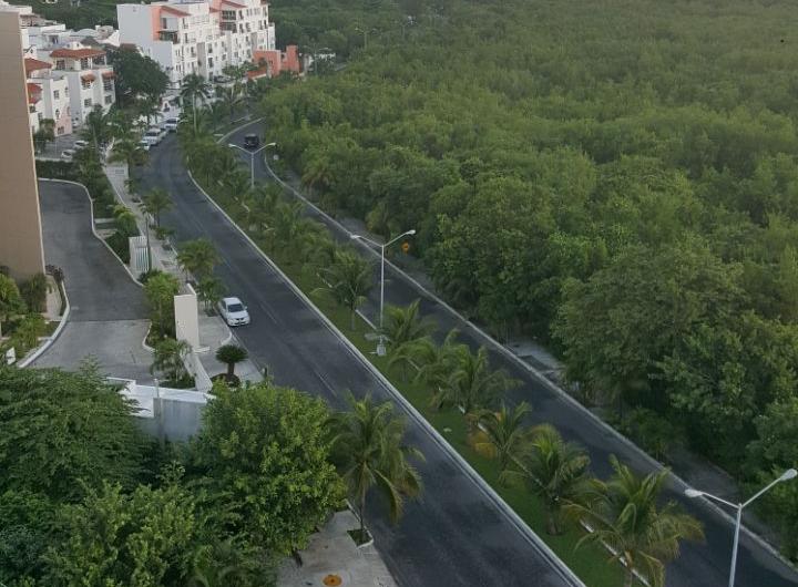 Vendo espectacular departamento en Zona hotelera Cancun, Km 0