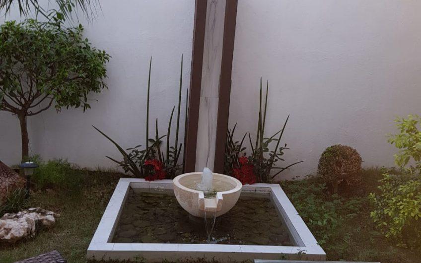 RENTO CASA AMOBLADA EN RESIDENCIAL ISLA DORADA, ZONA HOTELERA CANCUN . 5RECAMARAS